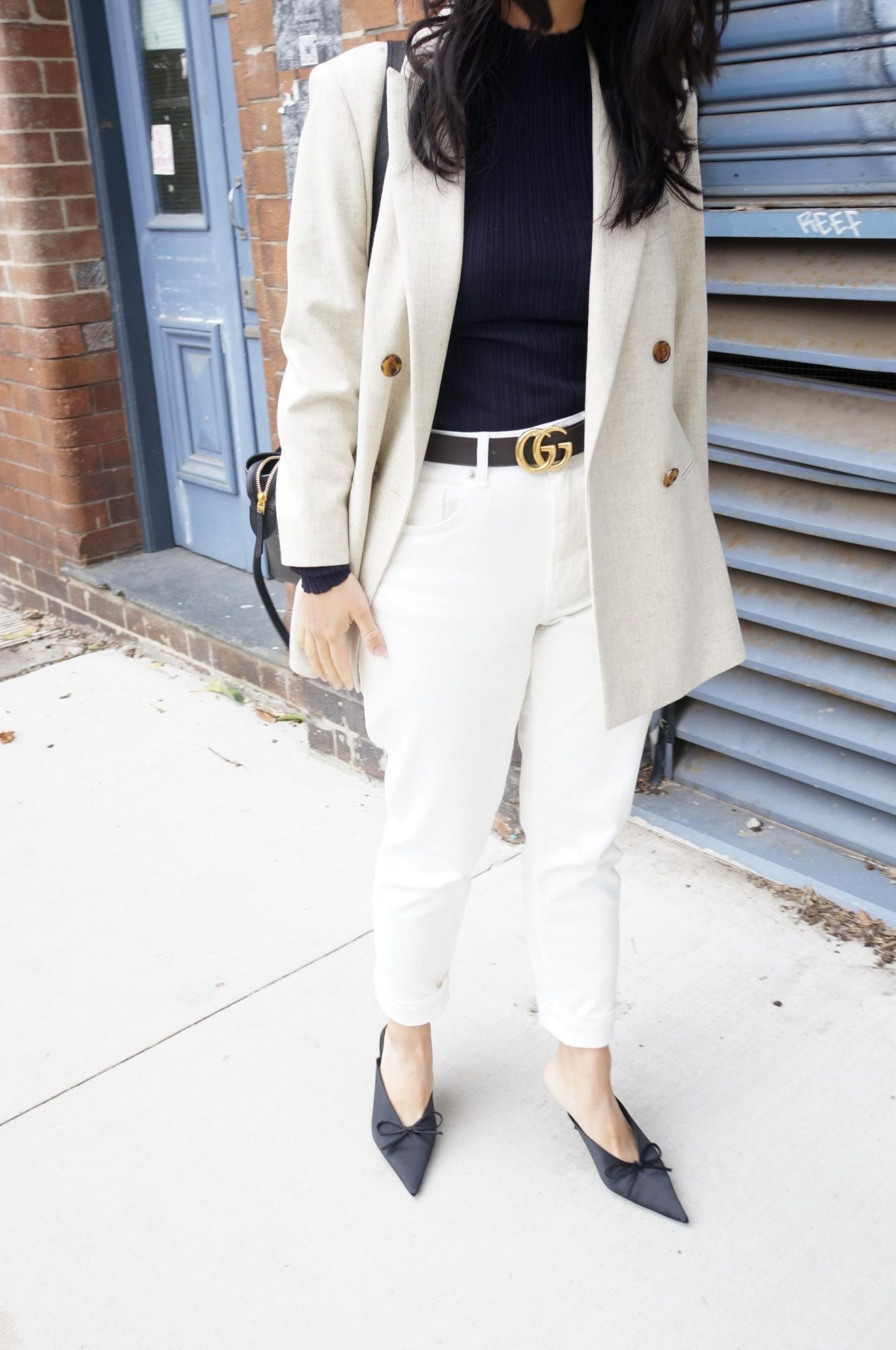 One Item 4 ways - the light neutral colour blazer featuring reiss lauren oatmeal blazer styled four different ways with everlane curvy cheeky straight jeans and gucci belt